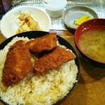 かねこ - とんかつ かねこ@新潟大学前 名物カツ丼