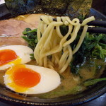 55953073 - チャーシューメン(900円)+ほうれん草(100)+味玉(100)。(16.9)