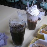 カフェレストラン コルマール - アイスコーヒーとアイスココア