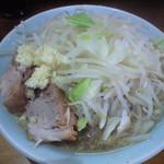 55960168 - 20160911 750円麺少なめ+ニンニク少し