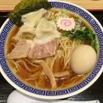 舎鈴 - 水餃子そば(中盛り) + 半熟味玉