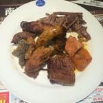 カザ・ブランカ - 肉7種類、魚1種類のせてみた