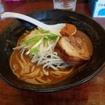 辛麺 真空 - 山+炙り焼豚
