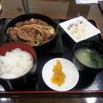 ちゅーりっぷ - 料理写真:ジンギスカン定食