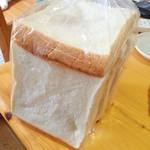 渦潮ベーカリー - 白い食パン