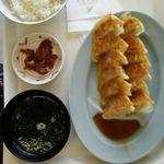 55978463 - 餃子定食ダブル890円