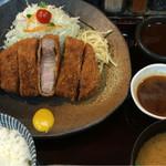55979255 - 六白黒豚ロース定食:1,850円