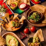 TACOS&NACHOS BAR MEXIGAN - 種類豊富なナチョス