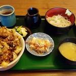 55981587 - 甘エビかき揚げ丼定食(880円税)です。