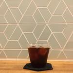 モス コア コーヒー - ドリップのアイスコーヒー