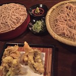 信州長屋酒場 - 蕎麦を食べ比べします。