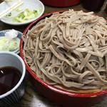 55986343 - 大もり ¥1050                       天麩羅や海苔は要りません。お腹に余裕があるなら、蕎麦をもう一枚食べたい!