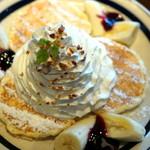 55990605 - フワフワチーズパンケーキ ブルーベリーソース添え                       2016.09.09