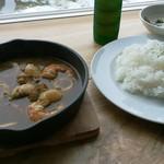 ファンズキッチン アセンブル - 料理写真:シーフードカレー