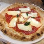 マンマのピッツァ - ナポリのマルゲリータ¥990