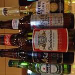 マンマのピッツァ - ビールや手頃な発発泡酒まで