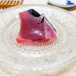 鮨 一幸 - 綺麗な鰹