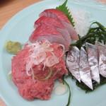 海鮮市場食堂 - 料理写真:刺身三点盛り
