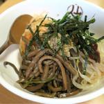 平壌冷麺食道園 - 201609 ランチの「ビビンバセット」(950円)