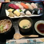 鮨勝 - ランチ「握りセット」900円、安っ!!