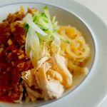 光琳 - バンバンジー冷麵