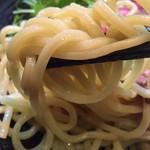 道玄 - 麺は中太麺