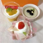 菓子工房 モンシェリ - 料理写真:マンゴープリン、酒粕ブランマンジェ、ミルクプリン大福