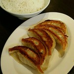 来来亭 - 料理写真:白ご飯・餃子