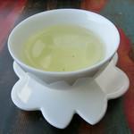 Jioufen Teahouse - 東方美人
