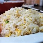 丸啓 - 白飯から作るけん美味しい焼き飯がだきるんだ☆彡フライパンの音が素晴らしいリズムなんよね☆彡お客さんがおらんときにしてもらうとすごく丁寧で美味しいぞ