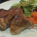 ルフュージュ - 鴨モモ肉のコンフィ
