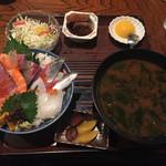 漁師料理 みき - みき丼 1500円
