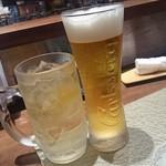 寿司ひでぞう - まずは生ビールとハイボール