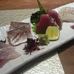 寿司ひでぞう - 刺身五種盛り お寿司屋とは思えないリーズナブルに食べれます(^-^)