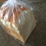 椿ベーカリー - 石窯食パン