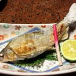 純和風旅館泉屋 - 【夕食】鮎の塩焼き。皮はパリっ!実はホクホクでおいしかったです!臭みとは無縁ですよ!