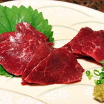 純和風旅館泉屋 - 【夕食】通常プランをグレードアップして馬刺しを付けました!