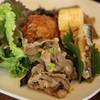 Zukka - 料理写真:本日のランチ(季節のおかずいろいろ、小鉢、ごはん、汁、漬物)