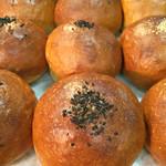 パン工房マローネ - 黄金あんパン