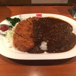 銀座スイス - 千葉さんのカツレツカレー。挽肉と擦り野菜のルーです。