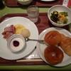 高輪東武ホテル - 料理写真:おかずは左のワンプレートだけでした