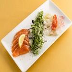 本日の鮮魚2種カルパッチョ