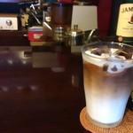 コーヒースクエア・ドゥ - 冷たいカフェオレ