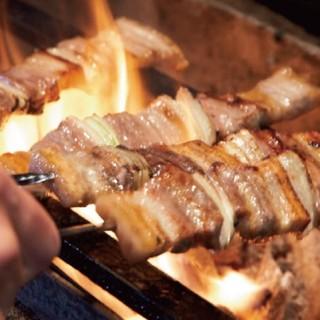 旨味凝縮豪快に備長炭で焼きあげる炭火焼料理