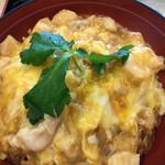 56068119 - 香草美水鶏親子丼