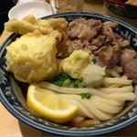 梅田 釜たけうどん - 肉ぶっかけ 1000円