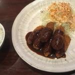 レストラン 酔牛亭 - 豚ヘレ一口カツ(¥950)・ご飯(¥250)