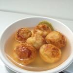 たこ焼 いっちゃん - 料理写真:冷やしあんかけたこ焼き。明石焼風の和風ダシの餡です。