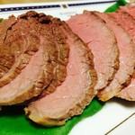 福良有限会社 - 料理写真:国産牛ローストビーフ