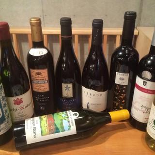 日本ワインはボトルで常時200種!グラスは日替わりでご用意!